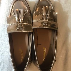 SHOEDAZZLE Bronze Shiny Loafers with Tassels